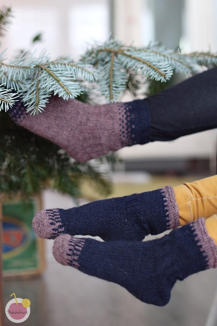 Sukat lapselle ja aikuiselle Tukuwool Socks -langasta