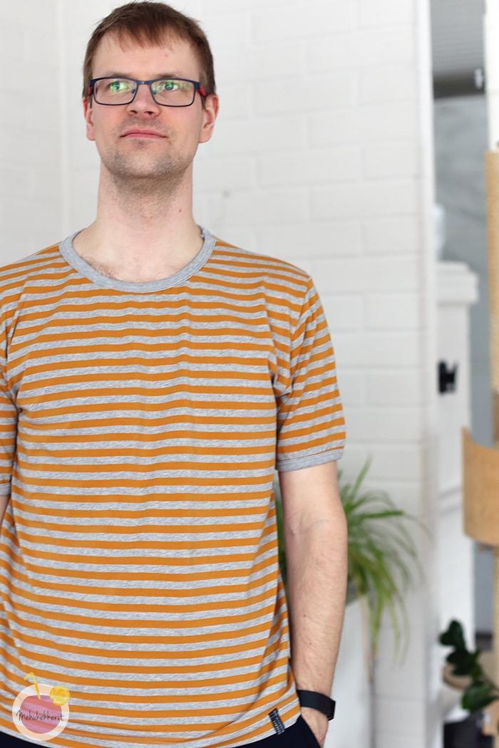 Luomuisia t-paitoja miehelle