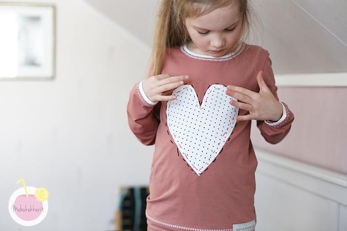 Erilaisia tikkauksia lapsen paitaan