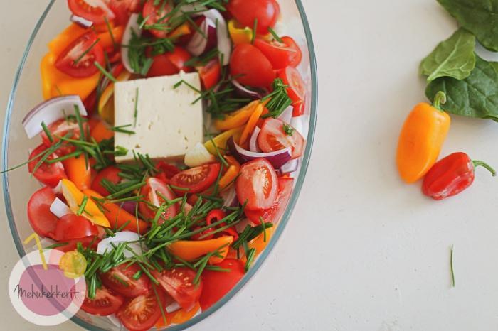 Satokauden kasvis-juustopaistos